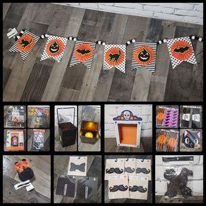 Halloween Decor Variety Pack